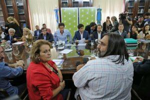 Los gremios docentes rechazaron la nueva propuesta del gobierno de Vidal y anunciarían medidas de fuerza