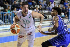 Atenas venció a Peñarol en el Poli