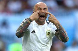 Jorge Sampaoli sigue en la Selección argentina, al menos hasta agosto