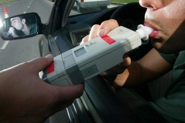 """Según una encuesta, el 82% de los marplatenses está a favor de la """"tolerancia cero"""" de alcohol al conducir"""