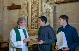 Abad y Bordaisco entregaron reconocimiento al Padre Opeka