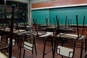 Aunque les descuenten el día, los docentes paran por 72 horas
