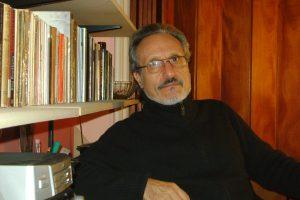 Impulsan reconocimiento al escritor Carlos Cartolano por su compromiso con la cultura