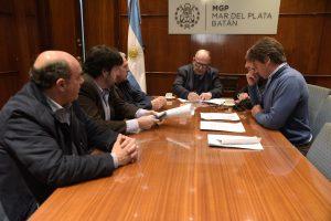 Arroyo firmó el convenio con Quilmes y Peñarol