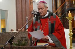 Acciones conjuntas entre la Iglesia y legisladores opositores para contrarrestar la empatía del Gobierno