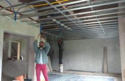 Alvarado avanza con construcción de la sala de video y oficinas