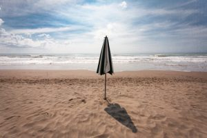 Irse de vacaciones, un lujo: Sólo el 17% de los argentinos planea un descanso de verano