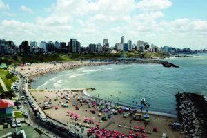 Viajes cortos, pasajes low cost y hábitos austeros: así serán las vacaciones de los argentinos durante el verano 2019