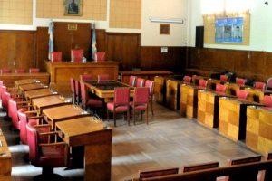 El Concejo sin gestos de solidarios, no congeló sus dietas y excedió sus partidas de financiamiento