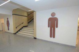 Buscan obligar a bares, restaurantes y estaciones de servicio a prestar los baños