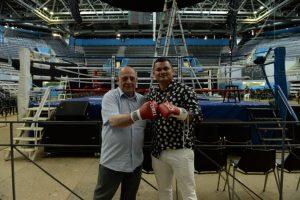 Arroyo recorrió el Polideportivo que será sede mañana de una mega Festival de Box internacional