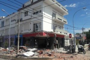"""Derrumbe de balcones en Mar del Plata: las pericias apuntan a """"irregularidades en la construcción"""""""