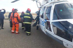 Un helicóptero de Prefectura evacuó de urgencia a un tripulante de un buque pesquero