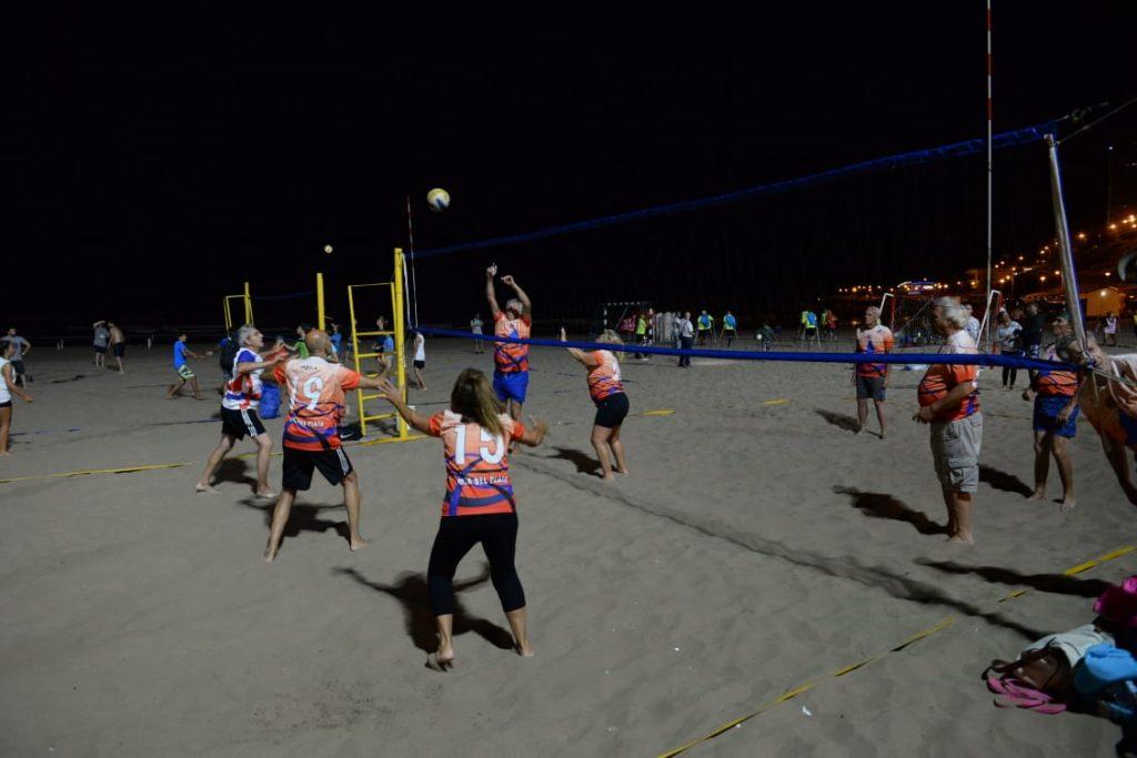 Arroyo puso en funcionamiento la iluminación de la playa deportiva