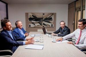 ¿El viento los amontona?: Massa, Urtubey, Scioli y Solá, de campaña en Mar del Plata