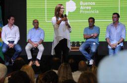 """Vidal encabezó Mesas Educativas y cuestionó el """"uso político"""" de la educación"""