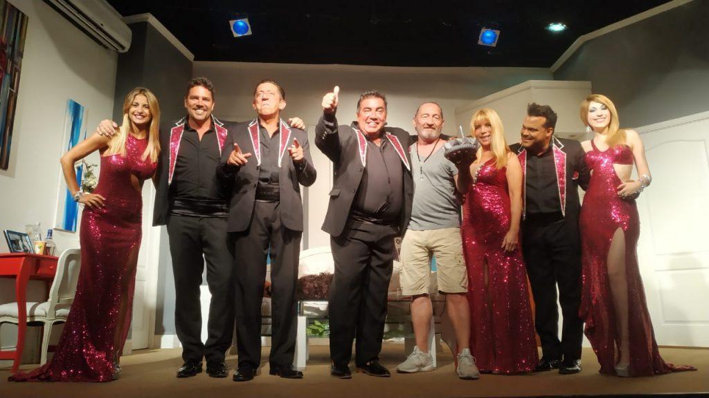 Diego Perez festejo su cumpleaños en el escenario de «Mi Mujer se llama Mauricio»