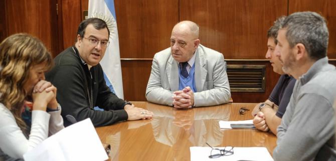 El intendente Arroyo se reunió con el Obispo Mestre