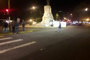 Sólo 24 asistentes en protesta contra los tarifazos: ¿En Mar del Plata hay más gorilas que en Kenia?