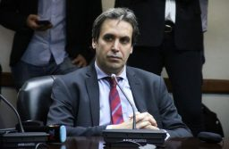Involucran a un colaborador de Ramos Padilla en Bahía Blanca en un caso de falsas denuncias