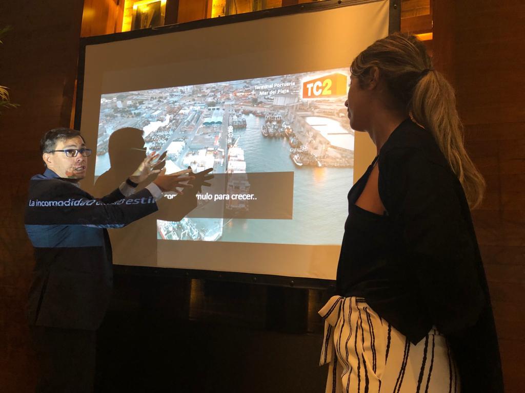 Javier Tizado alentó el desarrolló del movimiento de cargas por contenedores desde el puerto marplatense