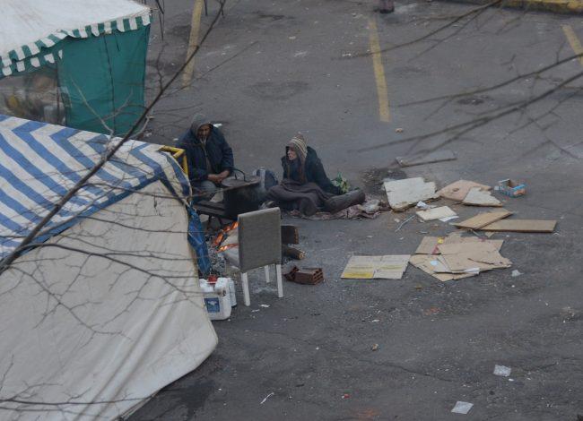 El Ejecutivo amplió la denuncia contra las organizaciones que acampan frente ala Municipalidad