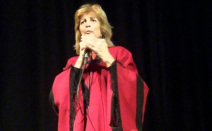 """Entregarán el premio """"Expresarte"""" a la locutora Perla Carlino"""
