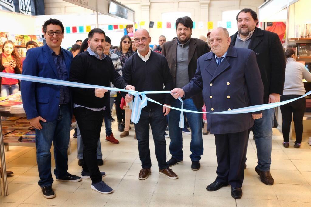 Se inauguró la Feria del Libro Infantil y Juvenil