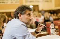 Ciano: «El oficialismo no puede pretender administrar a su gusto el bolsillo de la gente»
