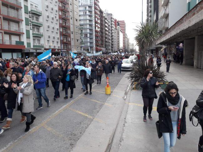 Una importante asistencia tuvo la marcha convocada para apoyar la reelección de Macri y Vidal