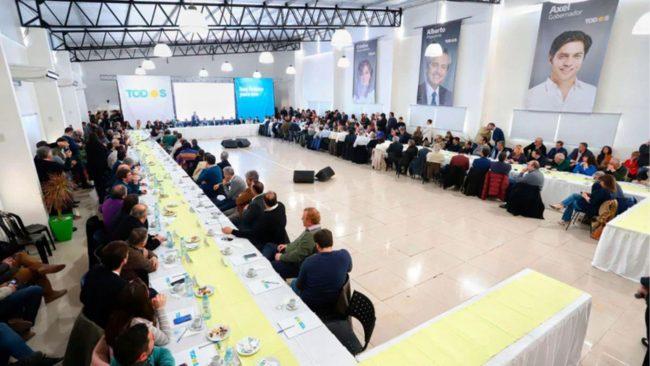 Axel Kicillof les pidió a los candidatos a intendentes humildad y compromiso para ampliar el triunfo de las PASO y llegar a la gobernación