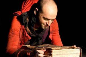 """El mundo de los libros se hace presente con la obra """"Farenheit"""""""
