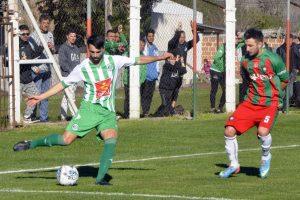 Fútbol local: Kimberley sigue en lo alto