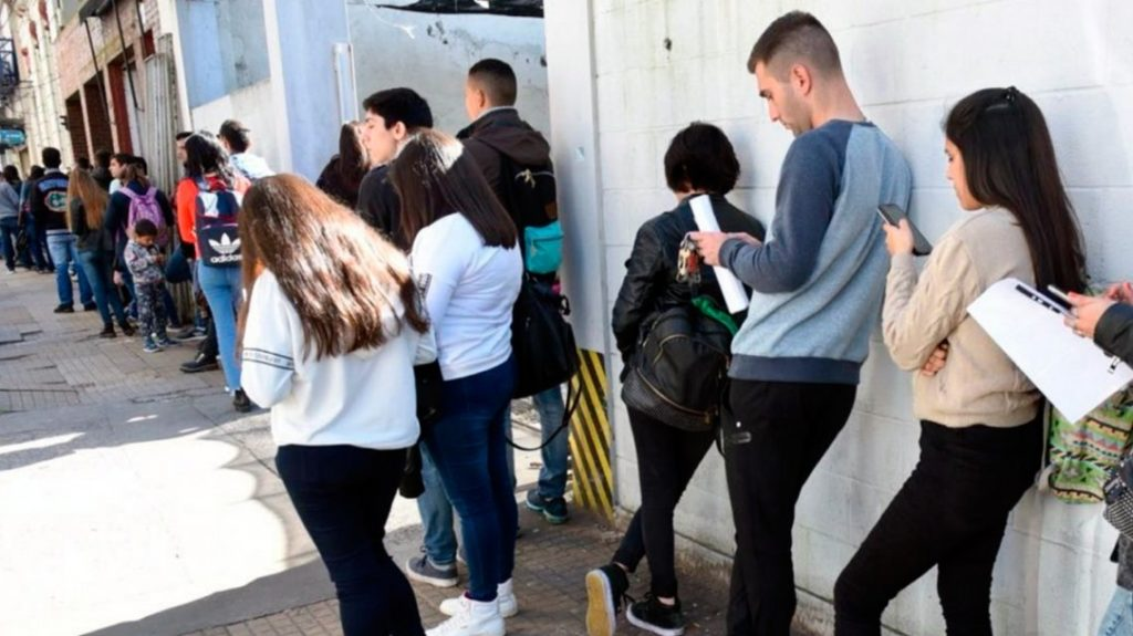 Datos del INDEC: El desempleo subió al 10,6% y es el más alto en los últimos 14 años