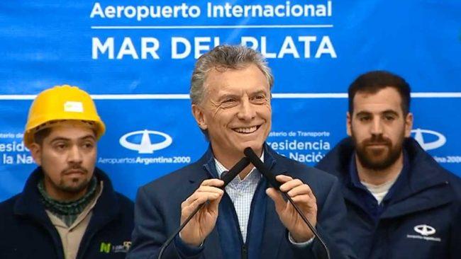 Macri y su campaña low cost: Aeropuerto Astor Piazolla ampliado y llegada del gasoducto