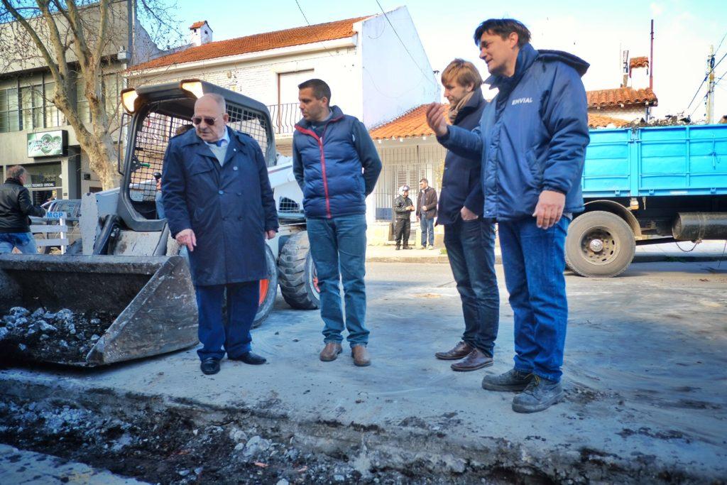 El Municipio continúa con obras de recambio de pavimentos en las calles de la ciudad