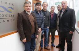 Pulti visitó el CONICET: «Apoyamos a los científicos porque son clave para el desarrollo del trabajo de los marplatenses»