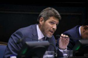 Castello propone la obligatoriedad del debate entre candidatos a la Gobernación
