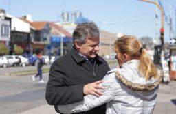 Gustavo Pulti recorrió 12 de octubre, Edison y otras calles del puerto, junto a Horacio Taccone