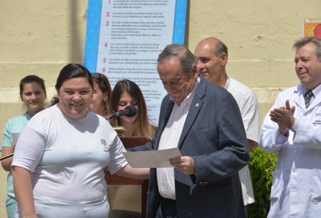 En la semana del prematuro el intendente Lunghi resaltó el trabajo del personal del servicio de neonatología