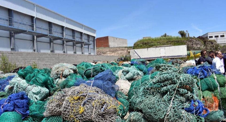 La Cámara de Armadores promueve innovador proyecto para reciclar redes de pesca en desuso