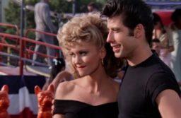 Olivia Newton-John y John Travolta recrearon «Grease» 40 años después