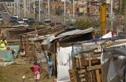 Lapidario informe de la UCA: la pobreza superó el 40% y alcanzó a 16 millones de personas