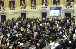 Juraron los 130 diputados electos en octubre y designaron a Sergio Massa como presidente de la Cámara