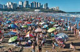 Fin de semana desbordado: en Mar del Plata la ocupación fue del 95% y muchos se alojaron en casas de familia