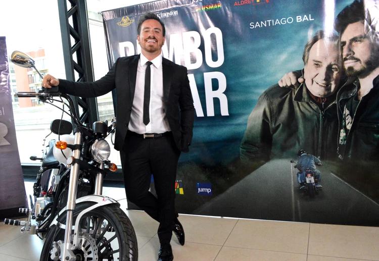 """La emoción de Fede Bal y Carmen Barbieri en el estreno de la última película que filmó Santiago: """"Dejó un legado"""""""