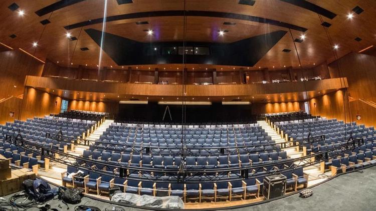 ¡Gran apertura del Teatro Tronador!