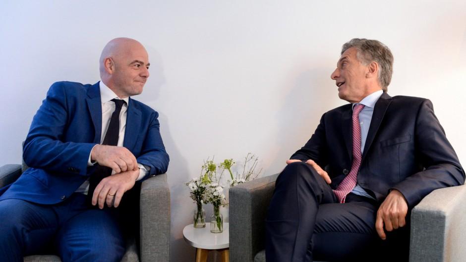 Infantino nombra a Macri en la Fundación FIFA y genera el rechazo del fútbol argentino