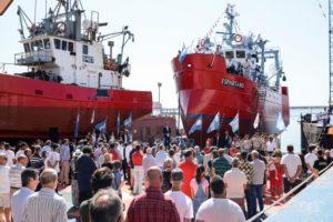 Botadura del buque pesquero «Espartano» en el Astillero Naval Federico Contessi
