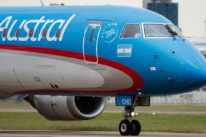 Por una falla en un motor un vuelo de Austral debió regresar a Mar del Plata